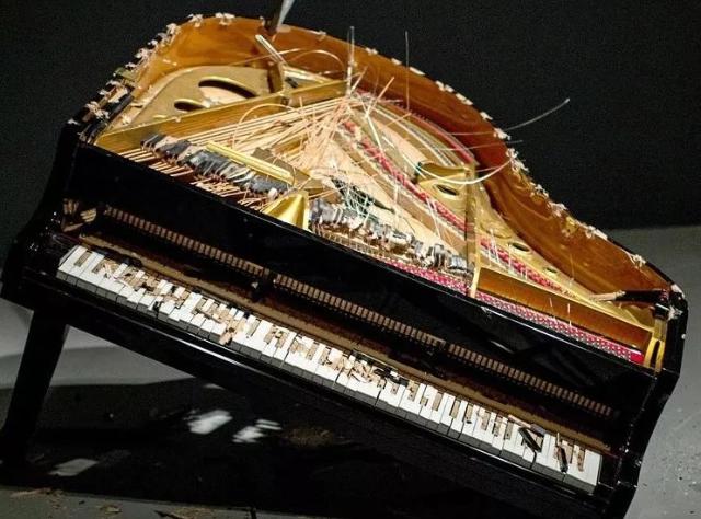 三和弦钢琴调律维修工作室是专业从事钢琴调律和维修我们主要服务有维修与调律,调律电话:15830649179/13293041945,有需要调律的可直接拨打电话联系。